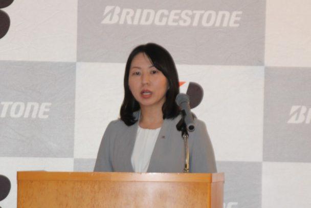 技術解説を行ったPSタイヤ開発第3部 PSタイヤ設計第一ユニットリーダーの杉本香居氏