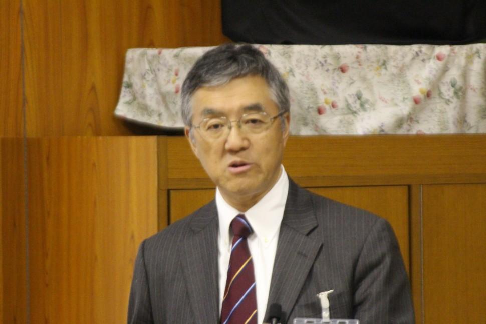 ゴム業界の近況について講演する加藤氏