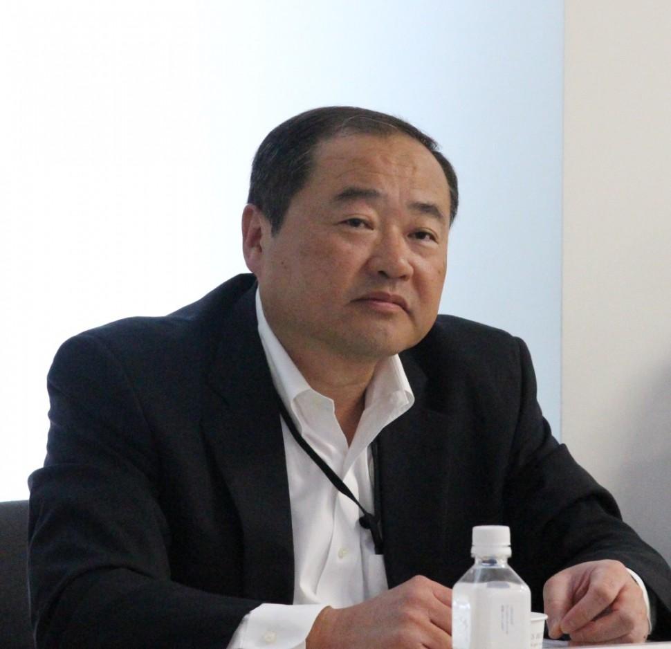 説明する田渕常務執行役員