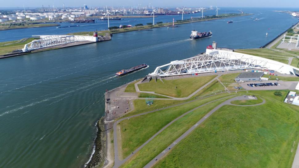オランダの水門が災害対策に役立っている