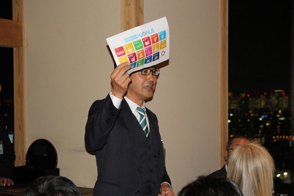 SDGsの取り組みを紹介する堀田会長