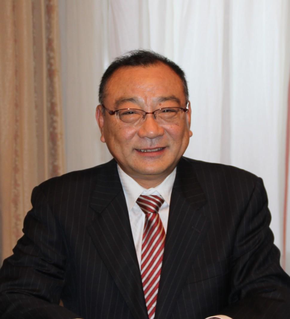 岡浩史理事長