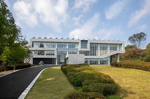 未来創造研究センター