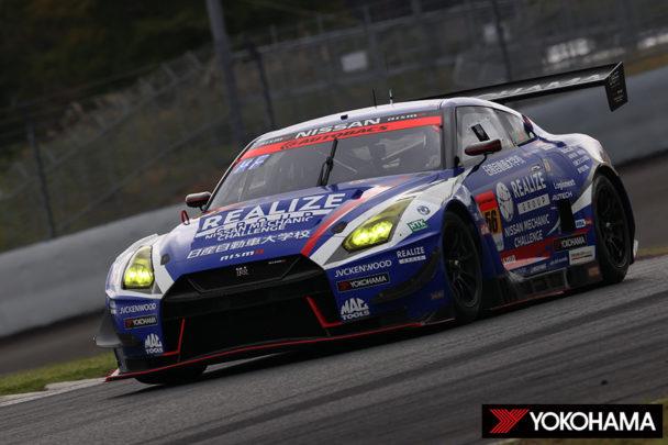 優勝した「リアライズ日産自動車大学校GT―R」
