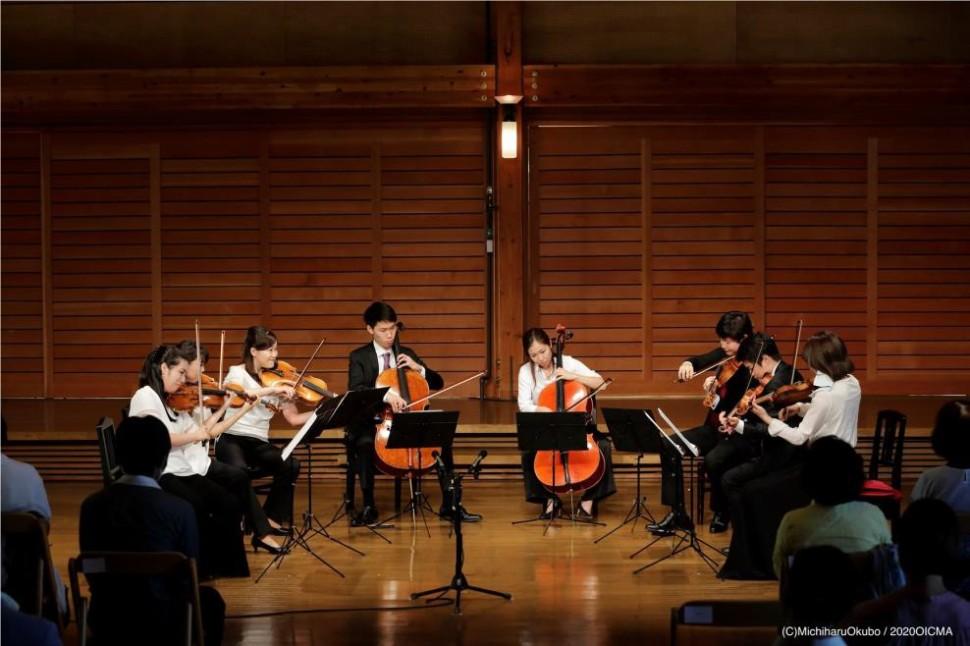 奥志賀高原・森の音楽堂での演奏会の様子①