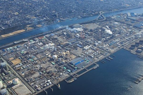 三井化学大阪工場