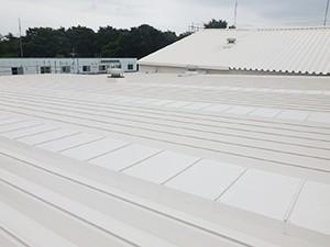 福島工場屋根の遮熱塗装