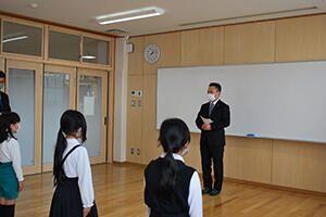 表彰の様子・中関小学校