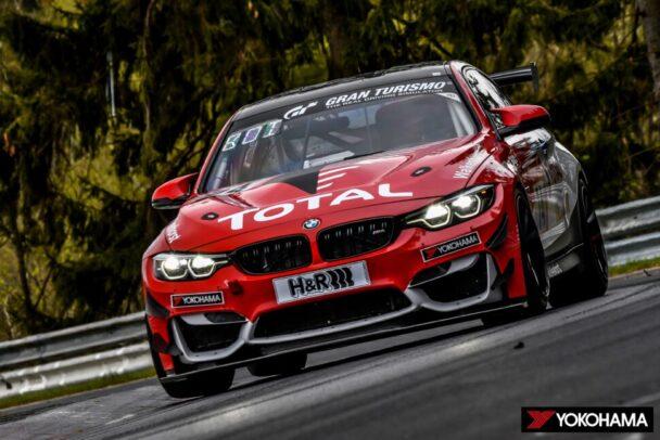 74号車「BMW M4 GT4」