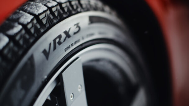 「ブリザックVRX3誕生」篇を放映開始
