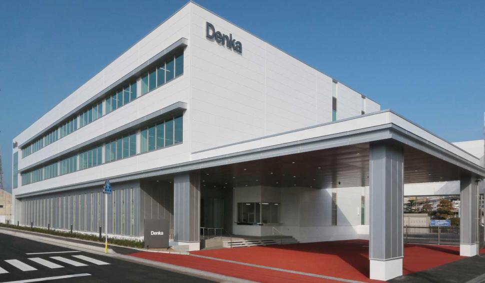 高機能球状フィラーの開発・製造を担う大牟田工場